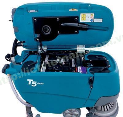 http://tennantvietnam.com.vn/FileUploads/Attachments/18102012092856_T5-env-battery-compartment.jpg